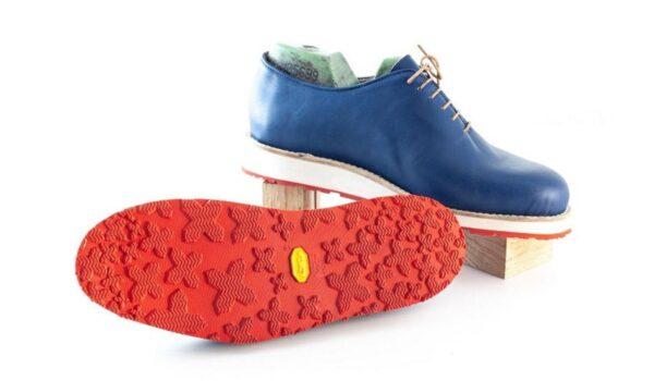 Matera, arrivano le scarpe per camminare tranquillamente sui Sassi